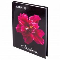 """Блокнот МАЛЫЙ ФОРМАТ (110х147 мм) А6, 80 л., твердый переплет, ламинированная обложка, клетка, STAFF, """"Красный цветок на черном"""", 127212"""